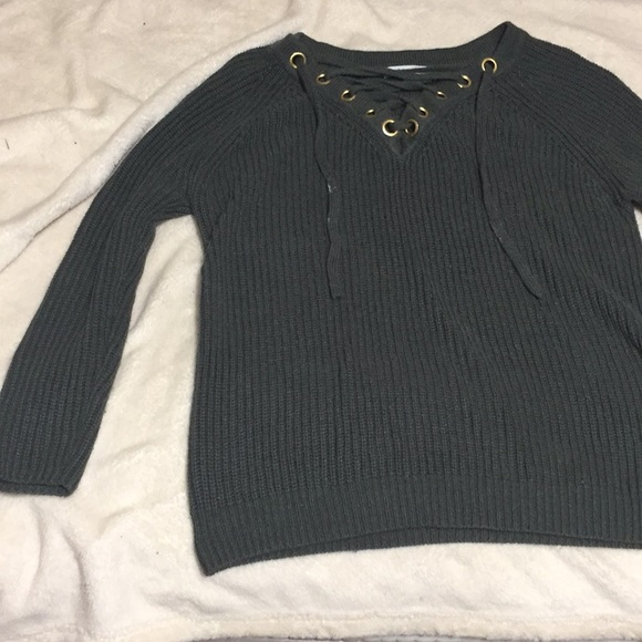 11b37c290c Olive green knitted sweater